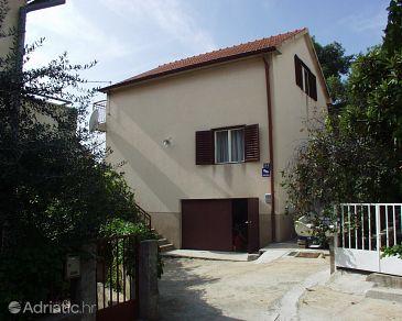 Property Žaborić (Šibenik) - Accommodation 484 - Apartments near sea.