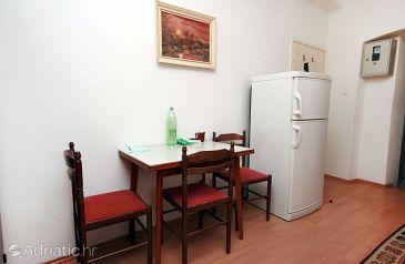 Studio flat AS-4851-a - Apartments Omiš (Omiš) - 4851