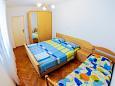 Bedroom 1 - Apartment A-4859-b - Apartments Podstrana (Split) - 4859
