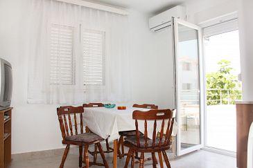 Rogoznica, Dining room u smještaju tipa apartment, dostupna klima.