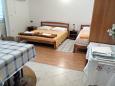 Sobra, Bedroom u smještaju tipa studio-apartment, dostupna klima i dopusteni kucni ljubimci.