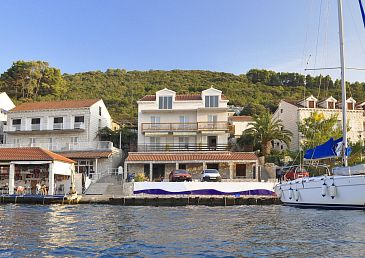 Property Polače (Mljet) - Accommodation 4921 - Apartments near sea.