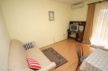 Palit, Living room u smještaju tipa apartment, dostupna klima, dopusteni kucni ljubimci i WIFI.