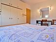 Bedroom 1 - Apartment A-4971-c - Apartments and Rooms Palit (Rab) - 4971