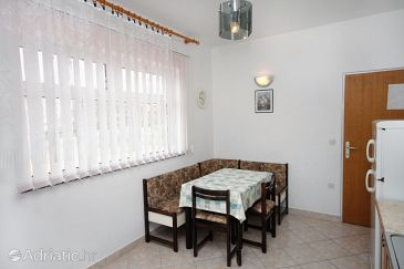 Apartment A-4993-a - Apartments Barbat (Rab) - 4993