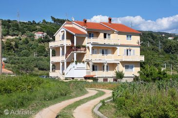 Property Palit (Rab) - Accommodation 5008 - Apartments in Croatia.