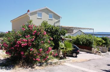 Property Banjol (Rab) - Accommodation 5071 - Apartments with sandy beach.