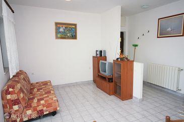 Murter, Living room u smještaju tipa apartment, dostupna klima, dopusteni kucni ljubimci i WIFI.