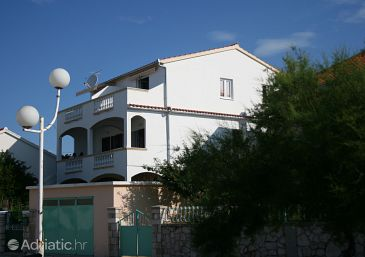 Property Jezera (Murter) - Accommodation 5134 - Apartments near sea.