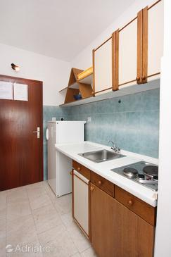 Studio flat AS-5154-b - Apartments Pisak (Omiš) - 5154