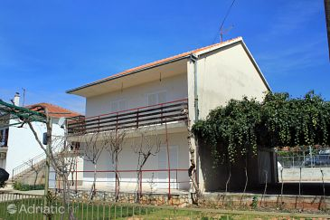 Property Poljica (Trogir) - Accommodation 5161 - Vacation Rentals near sea with pebble beach.