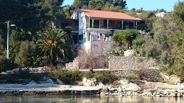 Obiekt Rogač (Šolta) - Zakwaterowanie 5166 - Apartamenty blisko morza ze żwirową plażą.