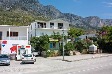 Property Podaca (Makarska) - Accommodation 517 - Apartments and Rooms with pebble beach.