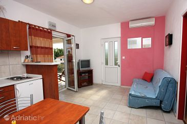 Rogač, Living room u smještaju tipa apartment, dostupna klima i WIFI.