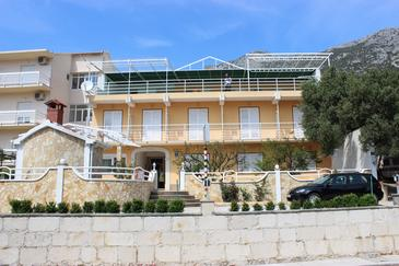 Gradac, Makarska, Property 5198 - Apartments with pebble beach.