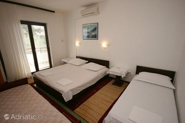 Room S-521-d - Apartments and Rooms Živogošće - Blato (Makarska) - 521