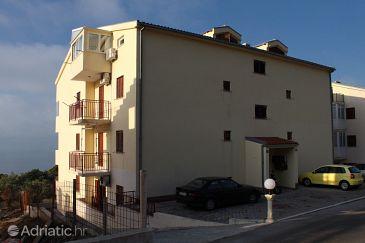 Property Veliko Brdo (Makarska) - Accommodation 5230 - Apartments with pebble beach.