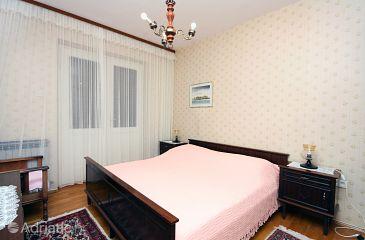 Room S-5235-d - Apartments and Rooms Makarska (Makarska) - 5235