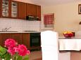 Kitchen - Apartment A-5250-c - Apartments Podstrana (Split) - 5250
