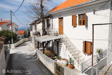 Property Okrug Gornji (Čiovo) - Accommodation 5253 - Vacation Rentals with pebble beach.