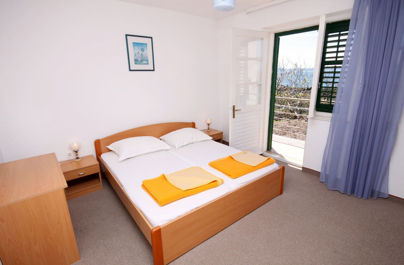 Ubytovanie s parkoviskom v meste Tučepi - 5263