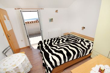 Room S-5294-a - Apartments and Rooms Krk (Krk) - 5294
