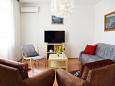 Krk, Living room u smještaju tipa apartment, dostupna klima i WIFI.