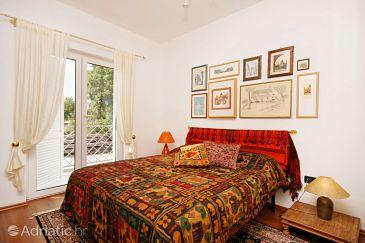 Room S-5340-b - Rooms Novi Vinodolski (Novi Vinodolski) - 5340