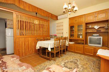 Punat, Dining room u smještaju tipa apartment, dostupna klima i WIFI.