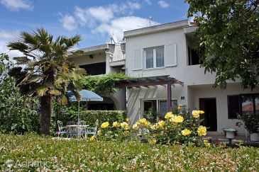 Property Punat (Krk) - Accommodation 5351 - Apartments near sea.