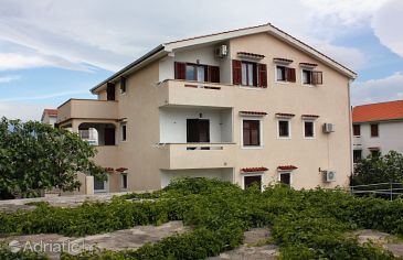 Baška, Krk, Property 5354 - Apartments with pebble beach.