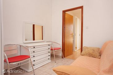 Room S-5365-d - Apartments and Rooms Krk (Krk) - 5365