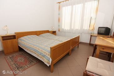 Room S-5365-e - Apartments and Rooms Krk (Krk) - 5365