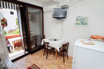 Krk, Dining room u smještaju tipa apartment, dostupna klima.