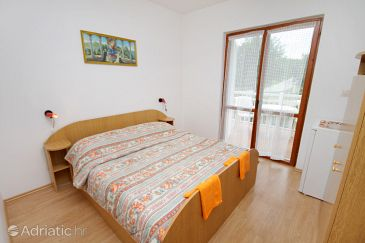 Room S-5398-c - Apartments and Rooms Njivice (Krk) - 5398