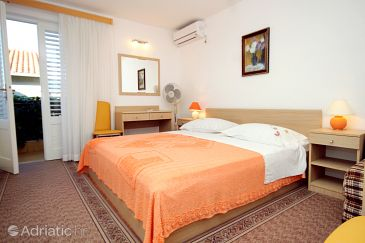 Room S-540-b - Apartments and Rooms Vrboska (Hvar) - 540