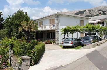 Property Baška (Krk) - Accommodation 5407 - Apartments with pebble beach.