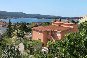 Property Kornić (Krk) - Accommodation 5418 - Apartments with pebble beach.