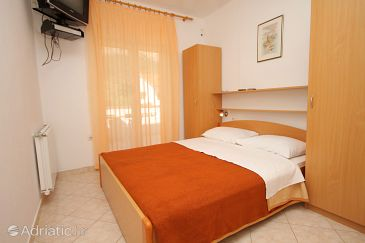 Baška, Bedroom u smještaju tipa room, dopusteni kucni ljubimci i WIFI.