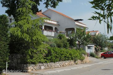 Property Njivice (Krk) - Accommodation 5427 - Apartments with pebble beach.