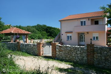 Property Klimno (Krk) - Accommodation 5437 - Apartments near sea with pebble beach.