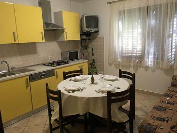 Tribulje, Dining room u smještaju tipa apartment, WIFI.