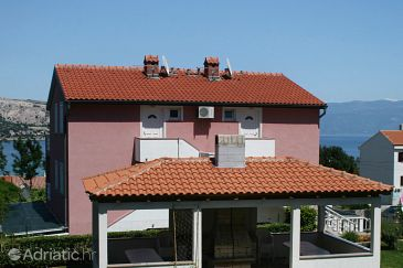 Property Baška (Krk) - Accommodation 5450 - Apartments with pebble beach.