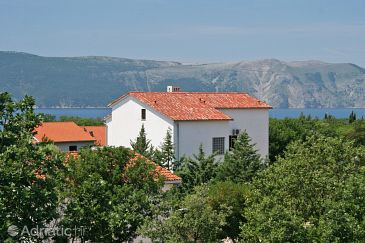 Property Pinezići (Krk) - Accommodation 5465 - Apartments with pebble beach.