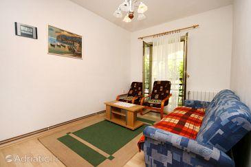 Apartment A-5482-a - Apartments Novi Vinodolski (Novi Vinodolski) - 5482