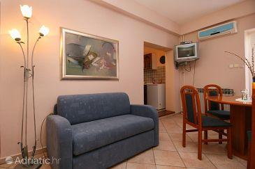 Apartment A-5488-a - Apartments Novi Vinodolski (Novi Vinodolski) - 5488
