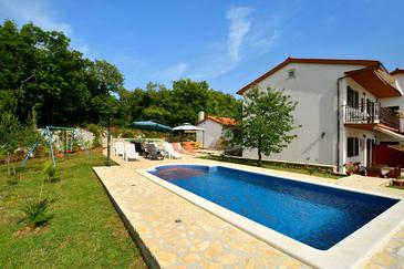 Property Štrmac (Labin) - Accommodation 5527 - Apartments with pebble beach.