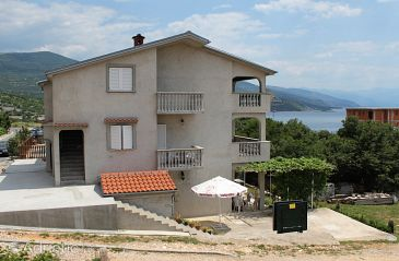 Property Povile (Novi Vinodolski) - Accommodation 5539 - Apartments with rocky beach.