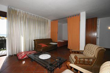 Apartment A-5556-b - Apartments and Rooms Crikvenica (Crikvenica) - 5556