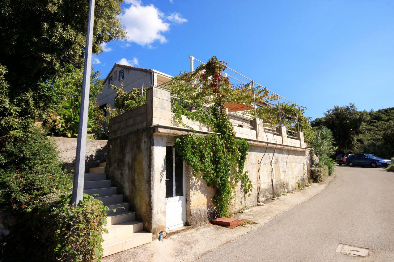 Apartmány s parkoviskom v meste Tri Žala - 558